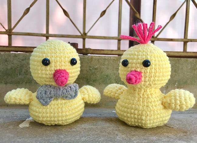 Free Baby Amigurumi Chick Crochet Pattern