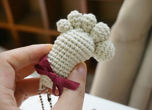 Crochet Amigurumi Keychain Free Pattern : Mini amigurumi footprint keychain free crochet pattern