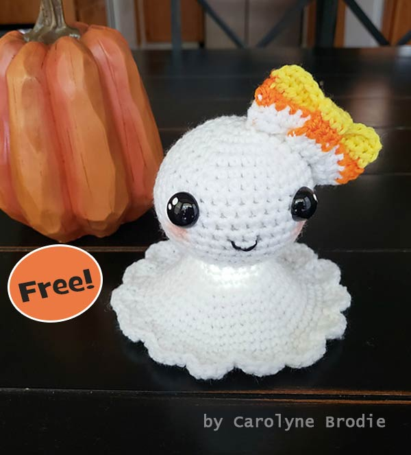 Pretty Little Ghost Halloween Free Crochet Pattern