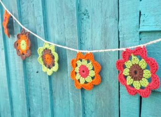 Crochet Flower Garland Free Pattern