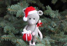 Christmas Mouse Crochet Free Pattern