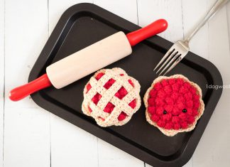 Cherry Pie Food Amigurumi Crochet Free Pattern